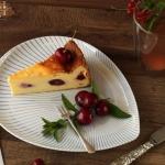 Topfentorte mit Kirschen, Marillen, Zwetschken- vegetarisch