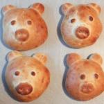 Neujahrs Frühstücks Schweinderl aus Milchbrot - Vegetarisch