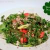 Bärlauchdressing aus Bärlauch-Pesto für den Salat