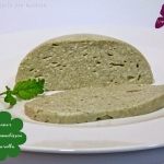Zitronenmelissen- oder Kräuter-Mozzarella selbermachen - vegan