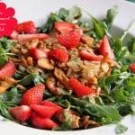 Sommerlicher Salat mit Eierschwammerl und Erdbeeren