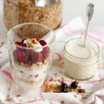 Griechischer Joghurt mit griechischem Honig - Vegetarisch