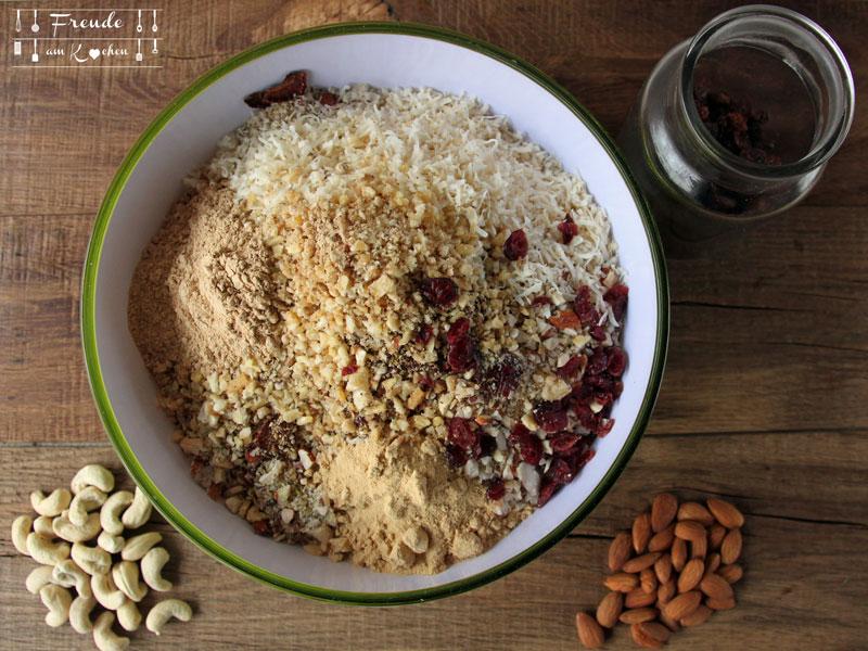 Basis Müsli mit Superfoods selbermachen - Freude am Kochen vegan
