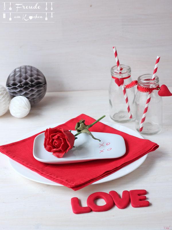 Tischdeko für den Valentinstag - 14 Blogger - 14 Ideen für den Valentinstag - Freude am Kochen