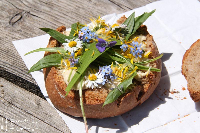 Blüten Brot - Blaa Alm - Ausseer Land - Freude am Kochen - Reisebericht - essbare Blüten