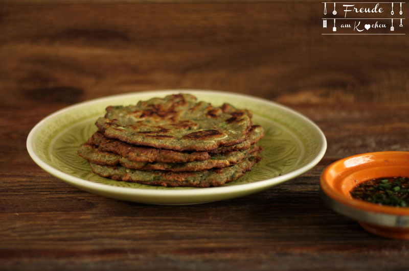 Koreanisches Mungbohnen Omelett Pfannkuchen Fladen - Bindaetteok - Rezept vegan glutenfrei - Freude am Kochen
