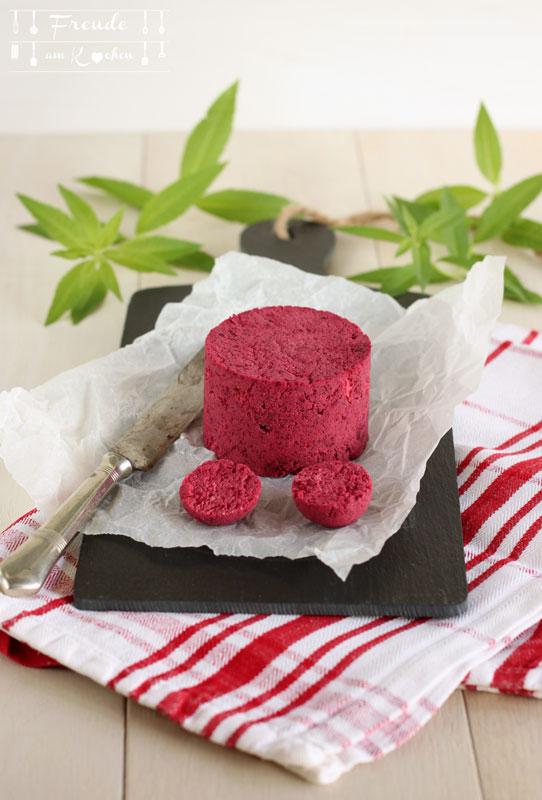 Rote Bete Meerettich Aufstrich aus Mandeltrester - vegan - Freude am Kochen
