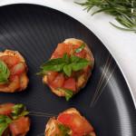 Crostini mit Zucchini überbacken – vegetarisch