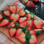 Erdbeer Schoko Eis – vegetarisch