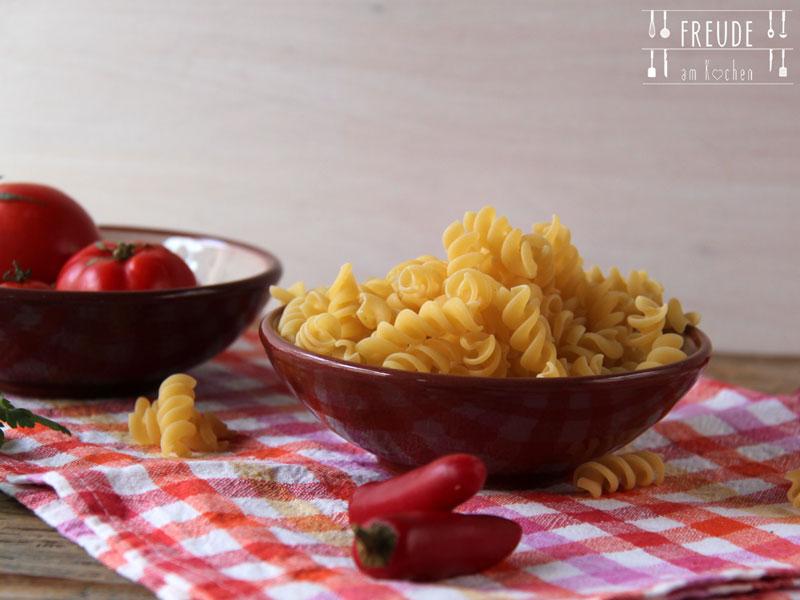 Nudelsalat mit italienischem Touch - vegetarisch - Freude am Kochen