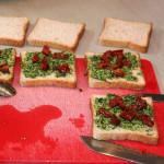 Bärlauch-Pesto Zucchini-Sandwiches – vegetarisch