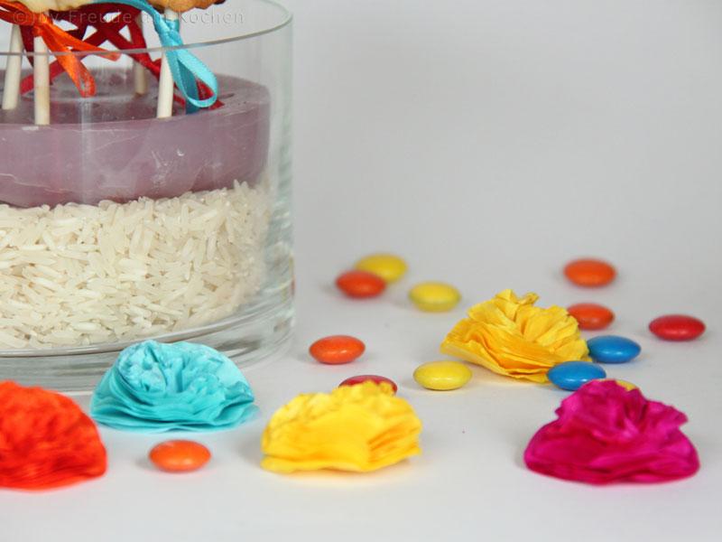 Mini Pompoms, Seidenpapier-Blüten, Girlanden, Deko..... etc - Freude am Kochen DIY