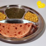 Saag mit Chapati und Tofu-Eierspeise