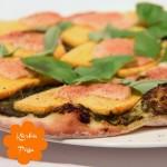 Kürbis Pizza mit Pesto