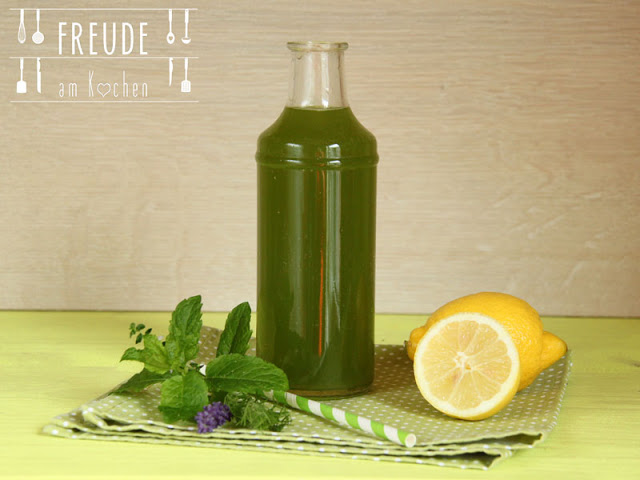Superfood Kräuter Limonade mit Weizengras & Moringa