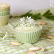 Bärlauchblüten Pesto - Sauce aus Bärlauch Blüten